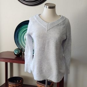 Almost Famous sweater M